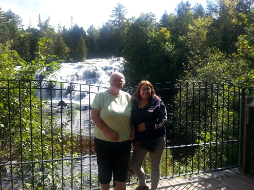 us-at-falls